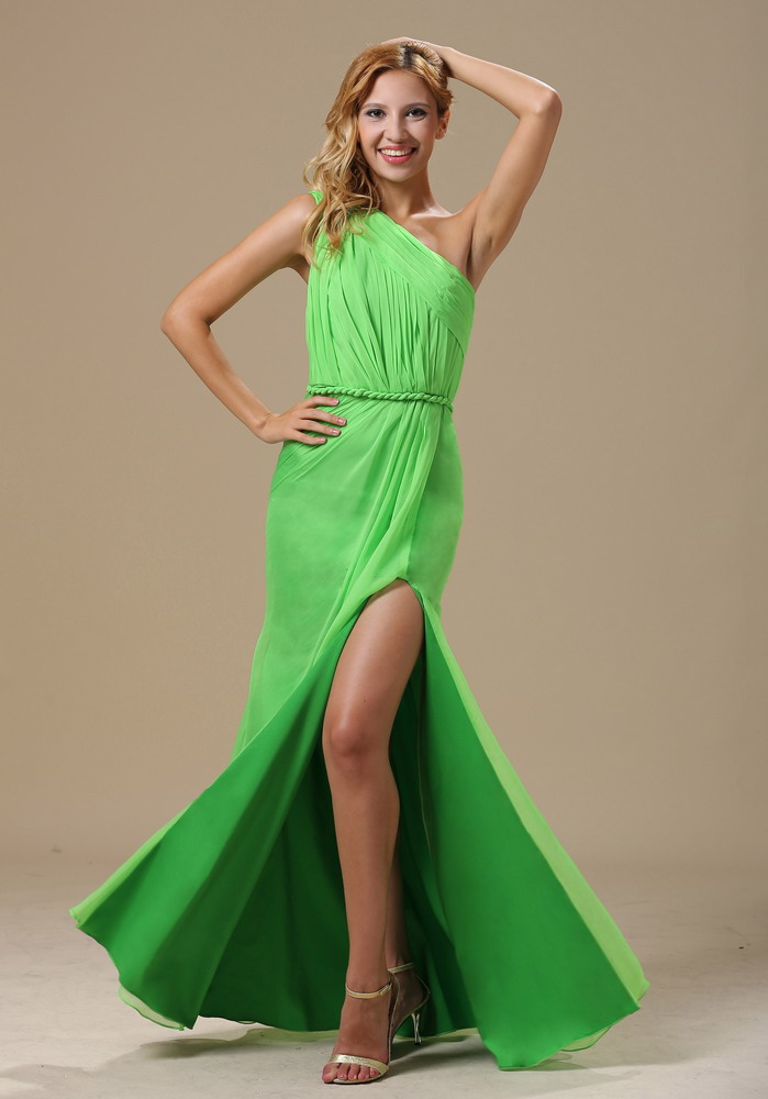 Spring Green Prom Dresses