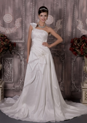 One Shoulder Court Train Wedding Dress with Appliques