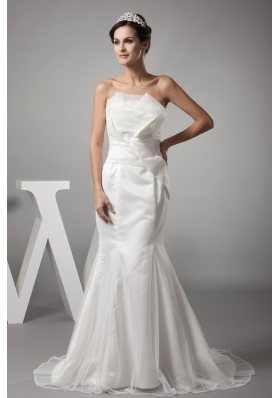2013 Stylish Mermaid Strapless Brush Wedding Dress