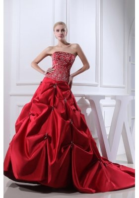 Wine Red Embroidery Pick-ups Chapel Train Ball Gown Wedding Dress