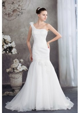 One Shoulder Mermaid Ruching Hand Made Flowers Wedding Dress