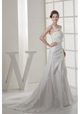 Appliques Court Train Scoop Neck Wedding Dress