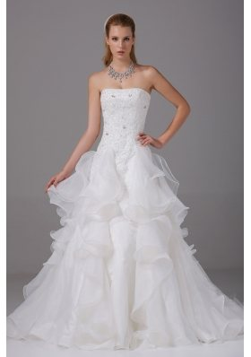 Appliques With Beading Strapless Ruffles Wedding Dress