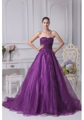 Appliques Sweetheart A Line Chapel Train Wedding Dress In Purple