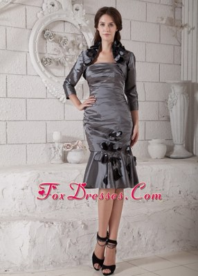 Grey Knee-length Ruched Mother of the Bride Dress Strapless