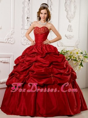 Red Sweetheart Applique 2013 Quinceanera Dress Pick-ups