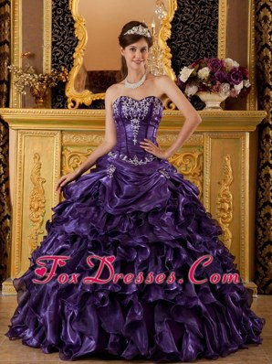 Quinceanera Dress Ball Gown 2013 Sweetheart Ruffle Embroidery