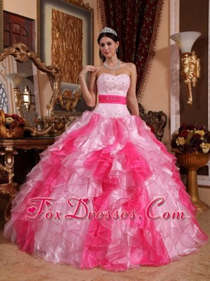 2013 Ball Gown Ruffled Sweetheart Organza Quinceanera Gown Beading