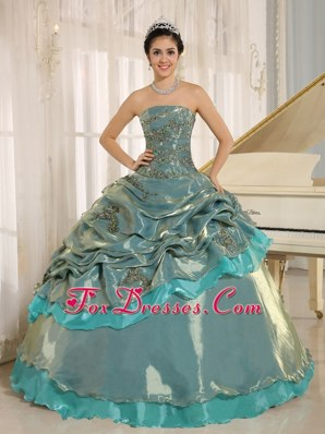 Embroidery Strapless Sweet 16 dress with pick-ups
