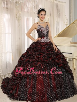 Spagetti Straps Brush Quinceanera Gowns with Applliques