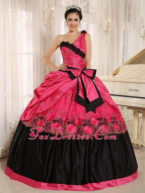 One Shoulder Ball Gown Quinceanera Dress With Bowknot