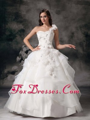 White One Shoulder Organza Appliques Sweet Quinceanera Dress
