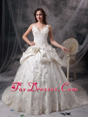 Ivory Princess Wedding Dress Gown V-neck Floor-length Taffeta