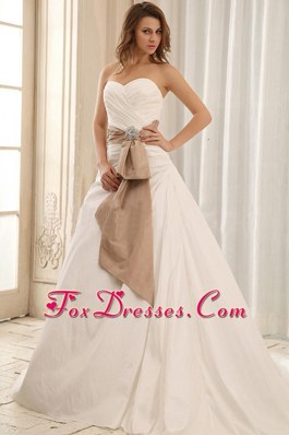 Sweetheart Wedding Dress Gown Sash Ruched Bodice Taffeta