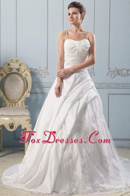 Spaghetti Straps A-line Wedding Gowns Lace Ruched Bodice