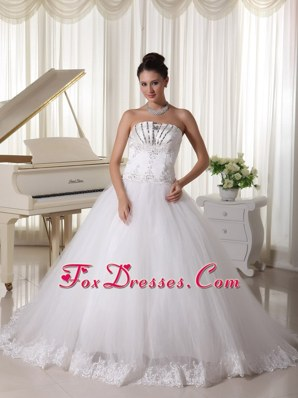 Beaded Decorate Wedding Bridal Gown Bowknot Sweep in 2013