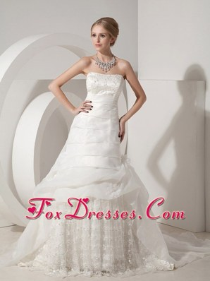 2013 Beautiful Wedding Dress Chapel Organza Lace Appliques