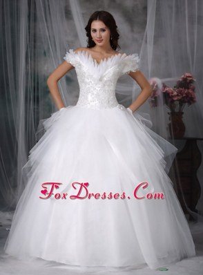 Tulle Tiered Appliques Wedding Dress 2013 Off The Shoulder