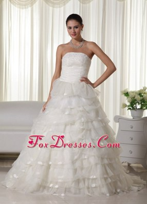 Pretty Chapel Organza Appliques 2013 Wedding Dress Tiered