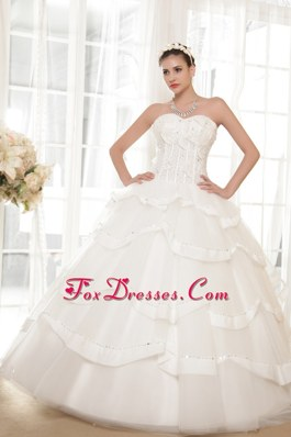 A-line Sweetheart Tulle Taffeta Beading Wedding Dress in 2013