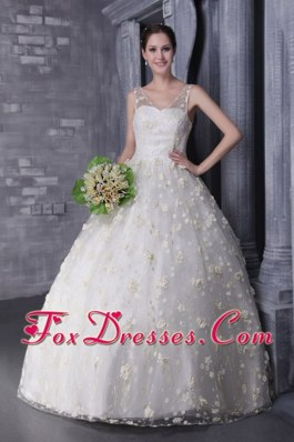V-neck Wedding Dress 2013 A-Line Beading Hand Flowers