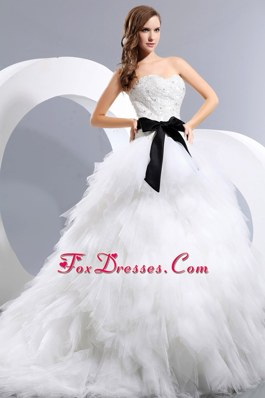 A-line Sweetheart Chapel 2013 Wedding Dress Appliques Bow