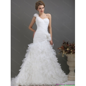 2015 Popular One Shoulder Wedding Dress with Ruching and Hand Made Flowers