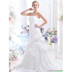 Beautiful Strapless White Wedding Dresses with Hand Made Flower