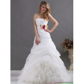 Elegant Ruffles Strapless White Wedding Dresses with Hand Made Flower