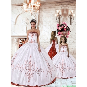 2015 Fashionable Red Embroidery White Princesita with Quinceanera Dress