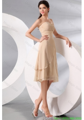 Champagne Sweetheart Knee-length Chiffon Bridesmaide Dress with Ruche