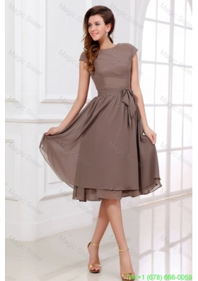 Simple A-line Scoop Bridesmaide Dress with Short Sleeves Knee-length
