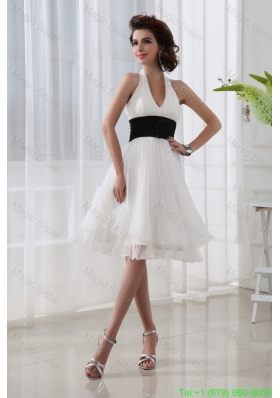 A-line Chiffon White Haltor Top Knee-length  Hand Made Flower Bridesmaide Dress