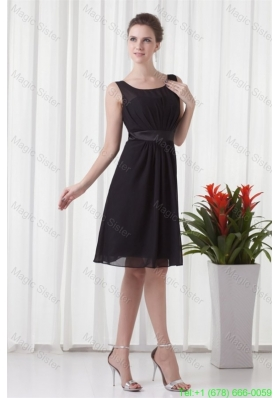 Empire Scoop Black Knee Length Ruching Chiffon Mother of the Bride Dress