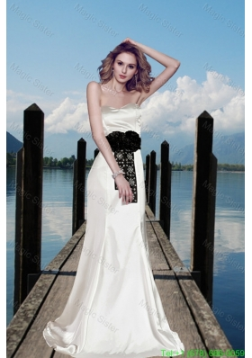 Simple Column Sweetheart Beading Wedding Dresses with Brush Train