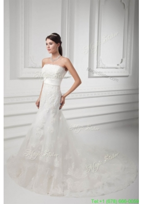 Summer Clasp Handle A-line Strapless Lace Wedding Dress with Chapel Train