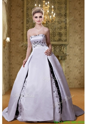 Winter Chapel Train Ball Gown Strapless Wedding Dress with Embroidery