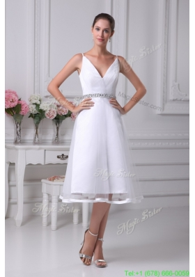 2016 Beautiful V-neck Short Wedding Dress with Beaded Decorate Waist