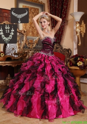 2016 Exquisite Beading and Ruffles Sweetheart Quinceanera Gowns