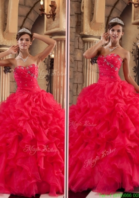 2016 Luxurious Red Sweetheart Quinceanera Gowns with Ruffles