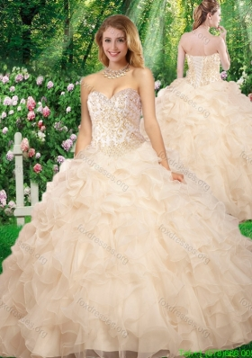 2016 Cheap Champagne Sweetheart Beading Quinceanera Gowns for Fall