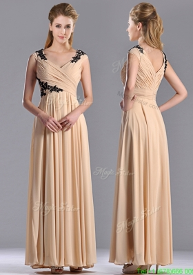 Latest Cap Sleeves Champagne Mother of the Bride  Dress with Black Appliques