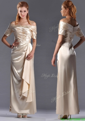 Most Popular Column Off the Shoulder Ruching Mother Dress in Champagne