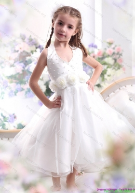 Cheap Halter Top White Mini Length Flower Girl Dress with Hand Made Flower