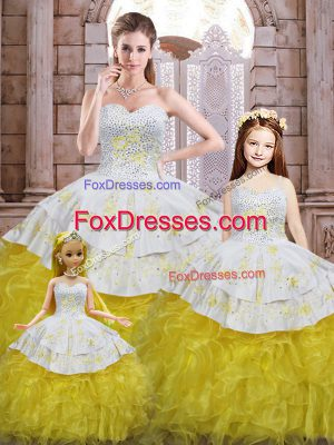 Sleeveless Organza Floor Length Lace Up Vestidos de Quinceanera in Yellow And White with Beading and Appliques and Ruffles