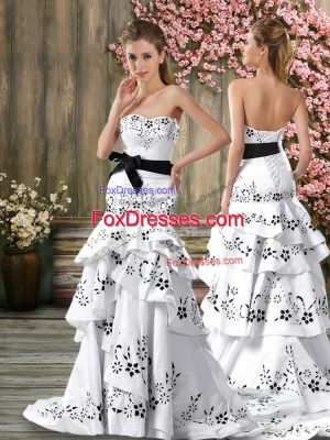 Trendy Sleeveless Sweep Train Backless Embroidery and Sashes ribbons Wedding Dresses