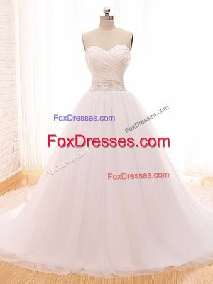 Sweetheart Sleeveless Tulle Wedding Dresses Beading and Ruching Clasp Handle