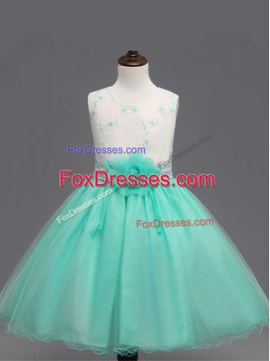 Perfect Organza Sleeveless Knee Length Juniors Party Dress and Appliques and Hand Made Flower