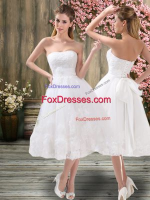 Comfortable White Sweetheart Lace Up Appliques and Embroidery and Belt Wedding Gowns Sleeveless