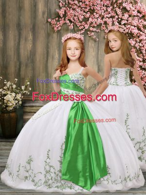 High Class Ball Gowns Kids Formal Wear White Straps Organza Sleeveless Floor Length Lace Up
